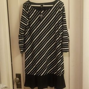 Whbm 3/4 sleeve diagonal stripe dress